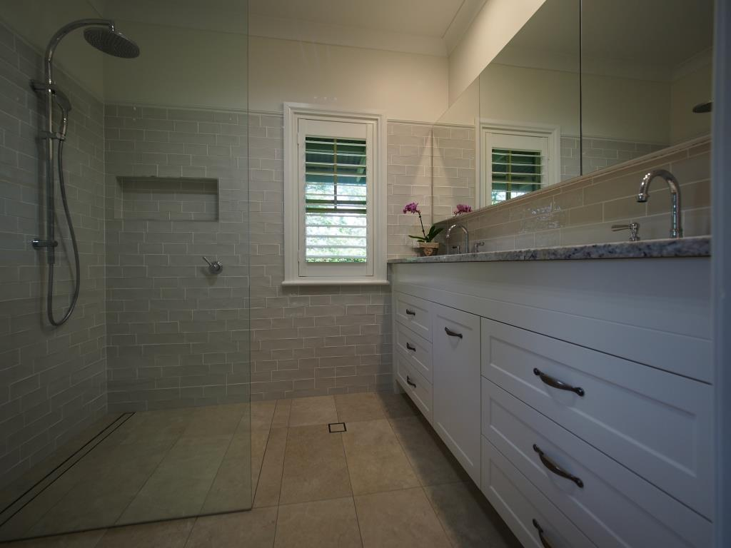 Bathroom Mirrors Brisbane dactus