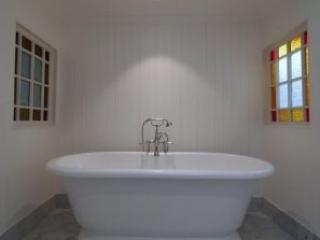 view our beautiful bathroom gallery featuring brisbane properties rh brisbanebathrooms com